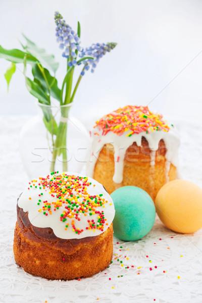Húsvét torta színes tojások ünnepi asztal Stock fotó © macsim