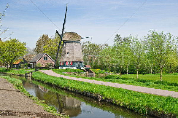 Vent moulin traditionnel eau printemps Photo stock © macsim