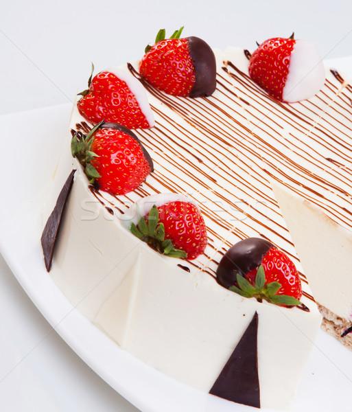 Kwarktaart chocolade aardbeien witte plaat aardbei Stockfoto © macsim
