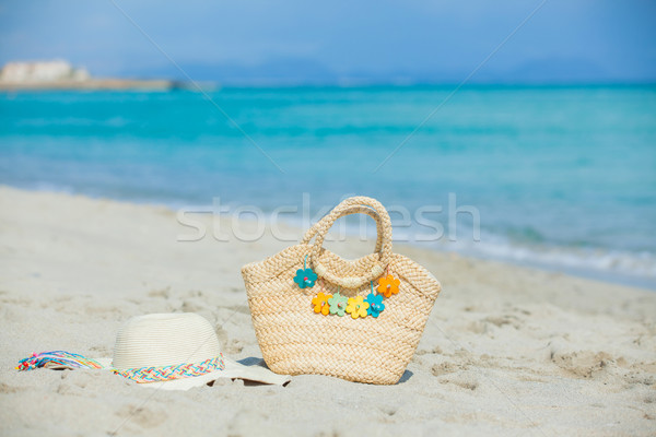 Photo paille chapeau plage sac Photo stock © macsim