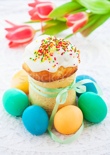 Pasen cake kleurrijk eieren feestelijk tabel Stockfoto © macsim