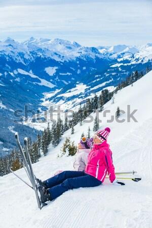 Rood machine skiën helling alpen bergen Stockfoto © macsim