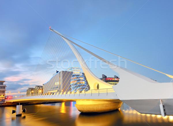 ストックフォト: 橋 · 建物 · 青 · 旅行 · ケーブル · アーキテクチャ