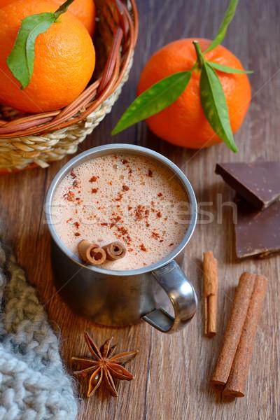 Caseiro hortelã-pimenta chocolate quente velho mesa de madeira laranja Foto stock © mady70