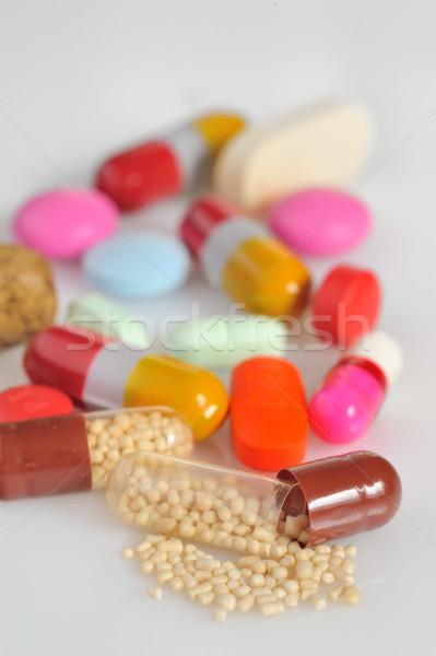 カラフル 錠剤 医療 背景 病院 ヘルプ ストックフォト © mady70