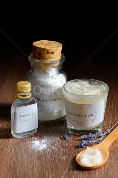 Caseiro desodorante coco Óleo sódio hortelã-pimenta Foto stock © mady70