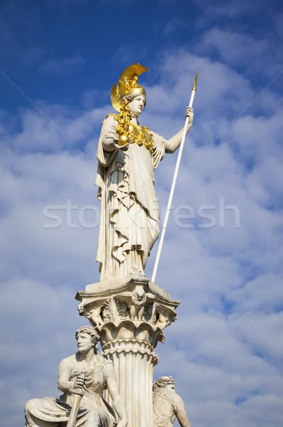 Standbeeld parlement Wenen Oostenrijk afbeelding hemel Stockfoto © magann