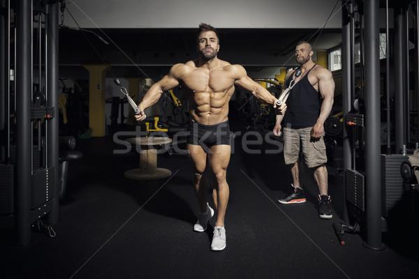 Knap bebaarde bodybuilding man afbeelding sport Stockfoto © magann