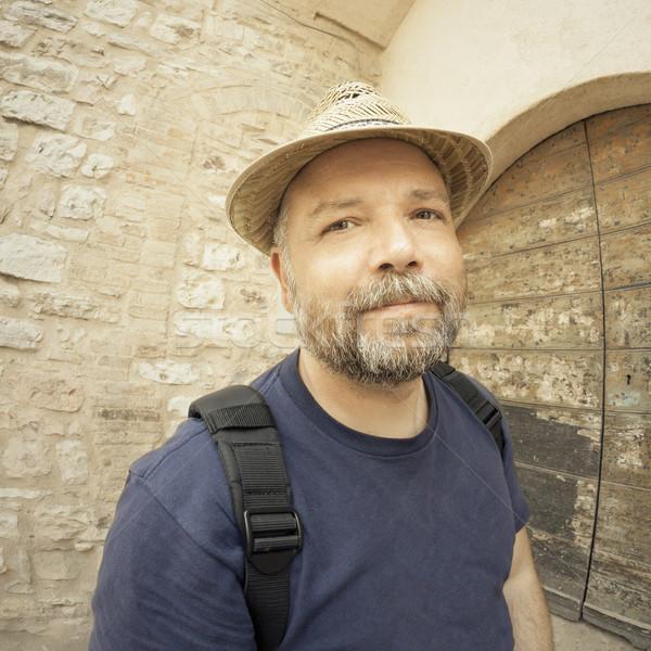 Kirándulás férfi kép fénykép halszem lencse Stock fotó © magann