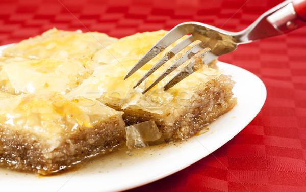 Traditionnel dessert servi blanche Photo stock © magraphics