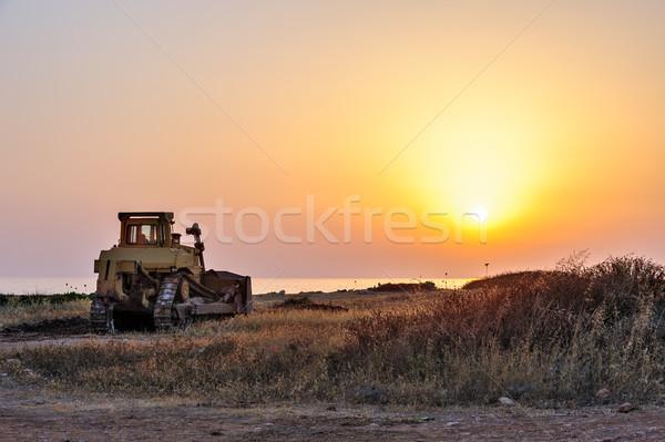 ブルドーザー ビーチ 日没 建設 太陽 光 ストックフォト © mahout