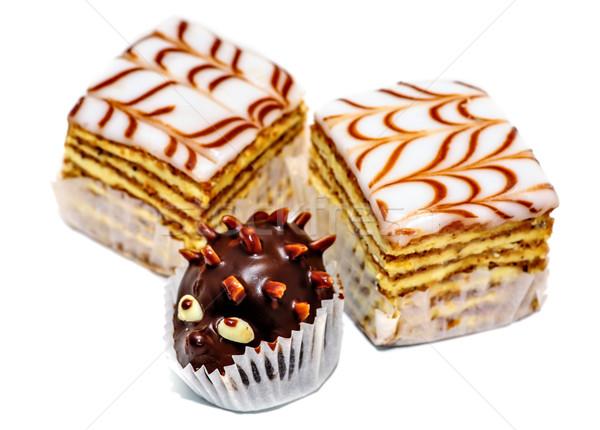 Réteges torták csokoládé sündisznó izolált fehér Stock fotó © mahout