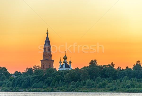 Eski ortodoks katedral gün batımı gökyüzü banka Stok fotoğraf © mahout