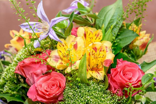 Belo buquê rosas outro colorido flores Foto stock © mahout