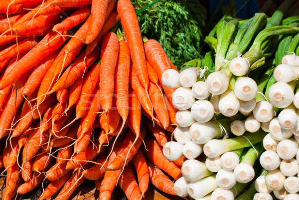 Friss répák hagymák élelmiszer piac étel Stock fotó © maisicon