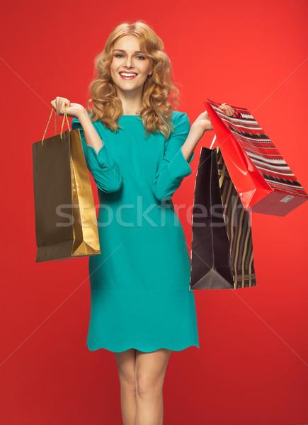 Portret mooie vrouw zakken mooie dame glimlach Stockfoto © majdansky
