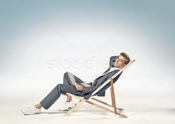 ビジネスマン スーツ ノートパソコン サンベッド ノートブック 旅行 ストックフォト © majdansky
