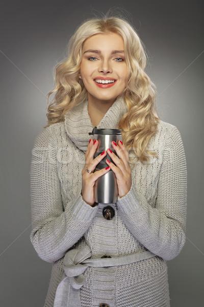 Blond vrouw drinken hot dame meisje Stockfoto © majdansky