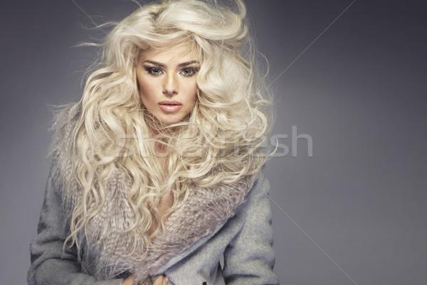 Foto blond blond meisje model Stockfoto © majdansky