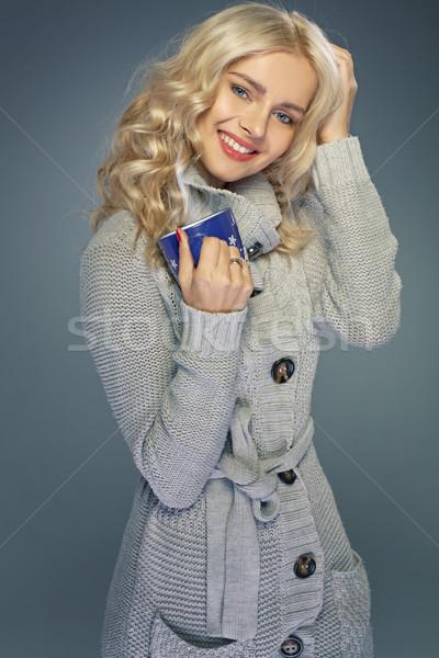 Charmant blond dame tasse café chaud Photo stock © majdansky