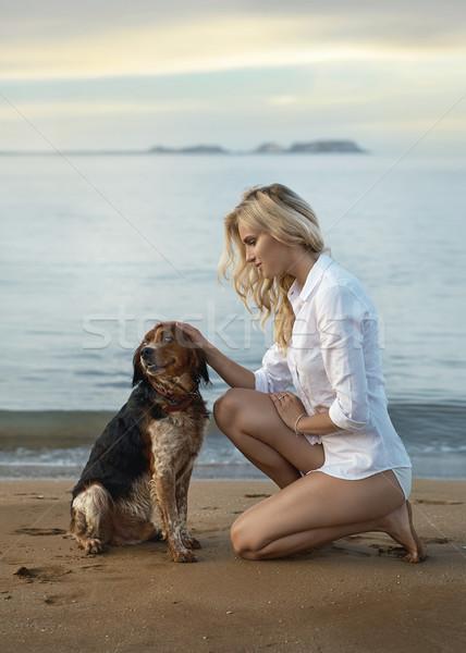 ブロンド 小さな 女性 最愛 犬 ペット ストックフォト © majdansky
