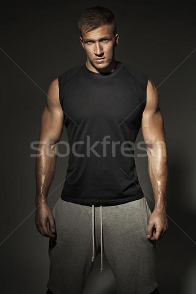Montare ragazzo indossare sport vestiti uomo Foto d'archivio © majdansky