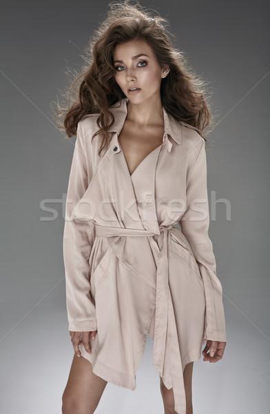Mooie mode jonge vrouw poseren studio jonge Stockfoto © majdansky