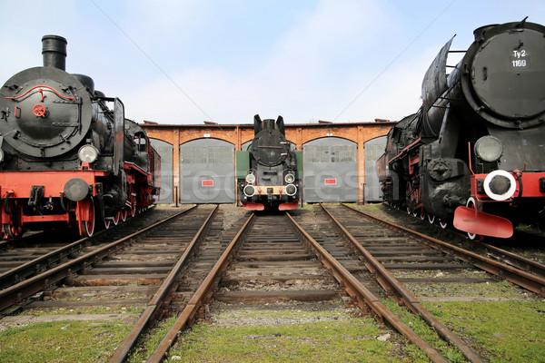 Três antigo estação de trem histórico céu verão Foto stock © majdansky
