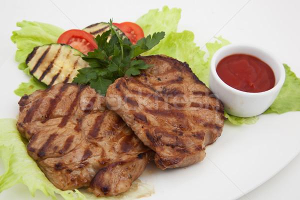 Gegrild vlees foto plaat groene vlees salade Stockfoto © maknt