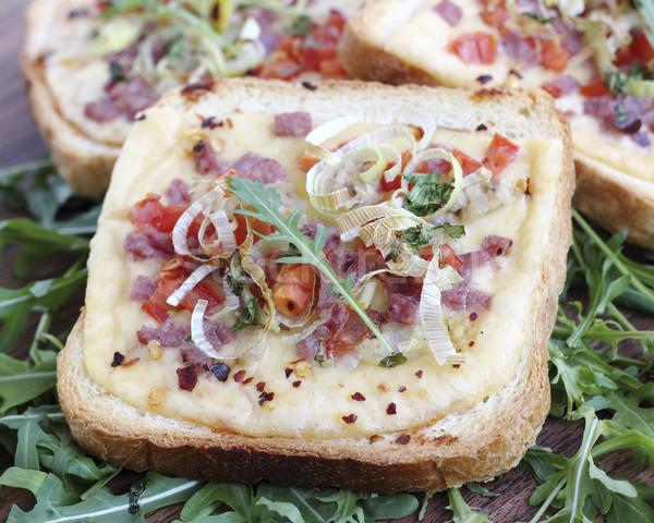 ızgara sandviçler peynir sosis sebze Stok fotoğraf © Makse