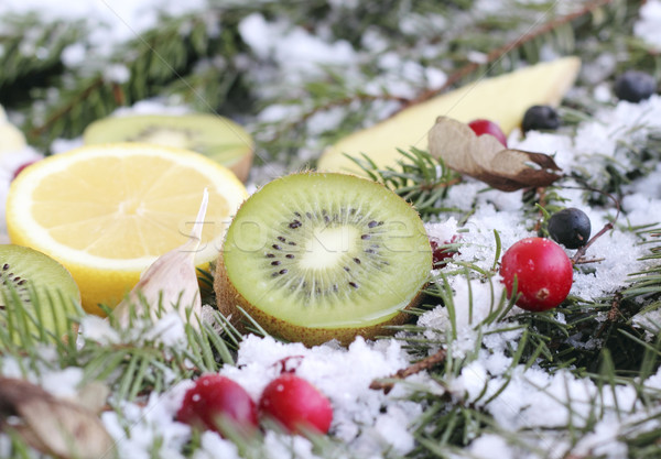 Fruits neige baies sapin santé Photo stock © Makse