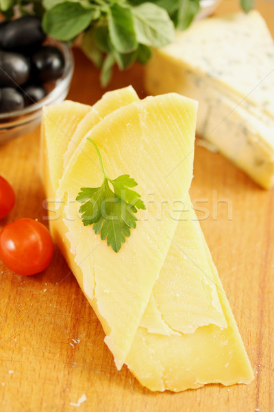 Parmezaanse kaas stuk kerstomaatjes voedsel groene Blauw Stockfoto © mallivan