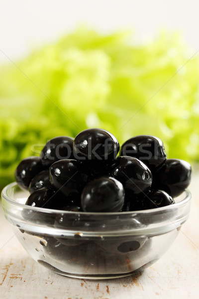 Zwarte olijven kom transparant sla voedsel glas Stockfoto © mallivan