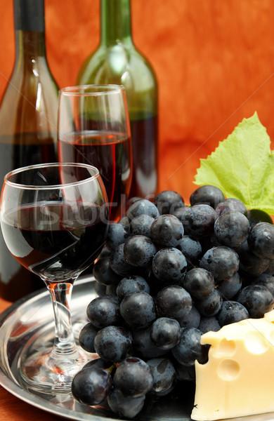 Druiven stilleven wijnfles wijnglas wijn glas Stockfoto © mallivan