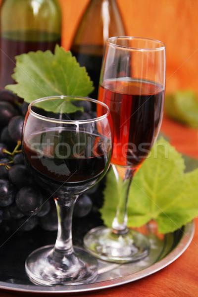 Twee bril wijn stilleven wijnfles wijnglas Stockfoto © mallivan