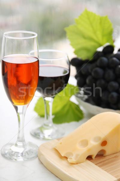 Twee bril stilleven wijnglas kaas druiven Stockfoto © mallivan