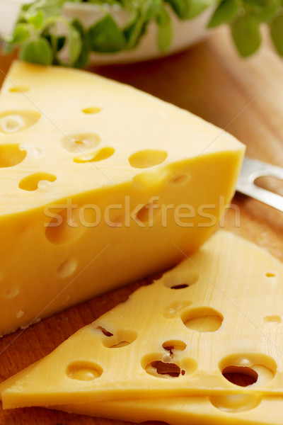 Dun plakje kaas gesneden groot voedsel Stockfoto © mallivan