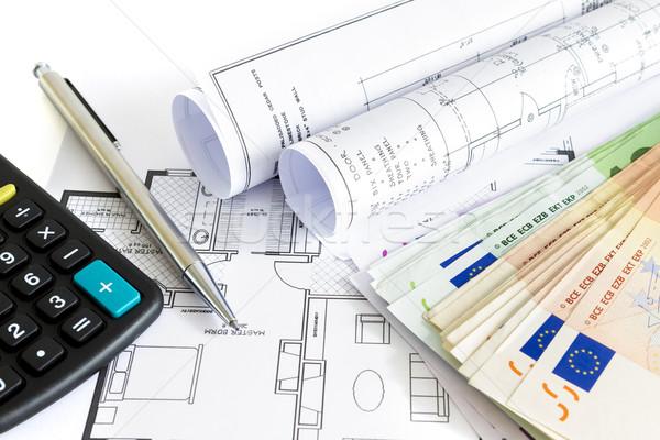 Pénz ház beruházás papír technológia dolgozik Stock fotó © manaemedia