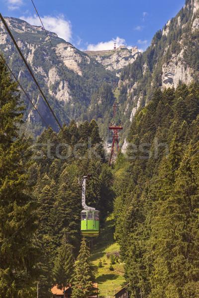 Kabel auto tabel berg toeristen hemel Stockfoto © manaemedia