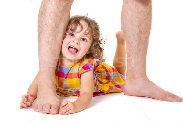 Weinig dochter voeten vader gevoel gelukkig Stockfoto © manaemedia