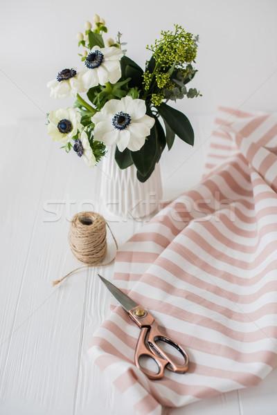 Belo tesoura buquê listrado tecido Foto stock © manera