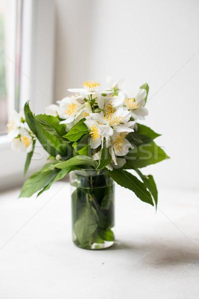 Boeket vers witte zomer bloemen interieur Stockfoto © manera