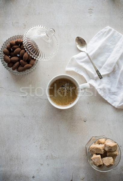 Fincan kahve esmer şeker eski beyaz bağbozumu Stok fotoğraf © manera