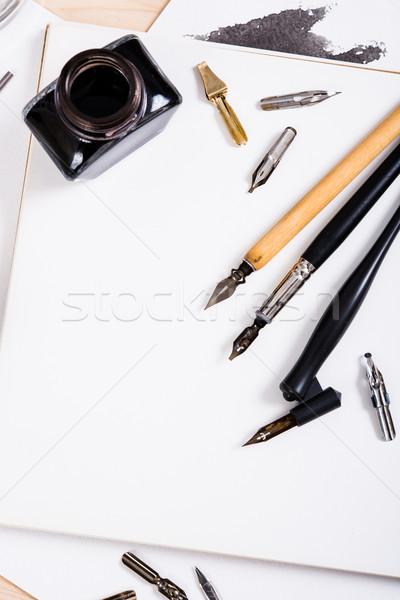 Papel nosso caligrafia canetas oficina detalhes Foto stock © manera