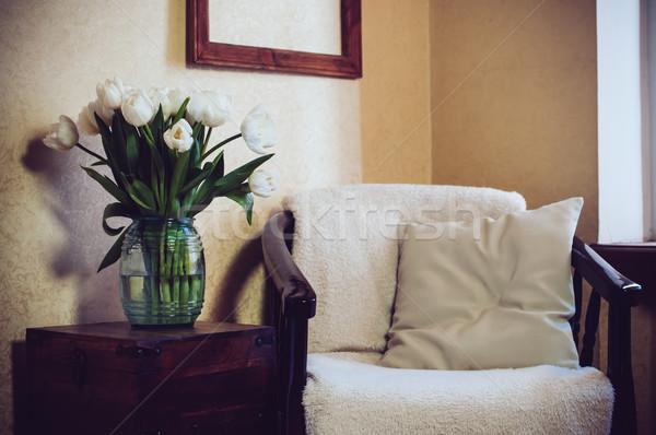 Otthon belső klasszikus szék párna virágcsokor Stock fotó © manera