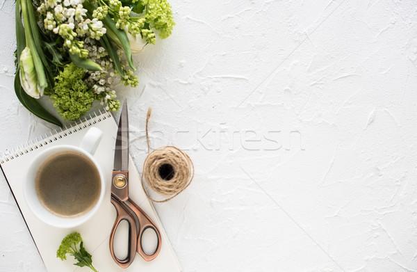 Féminin fleurs blanche design prêt Photo stock © manera