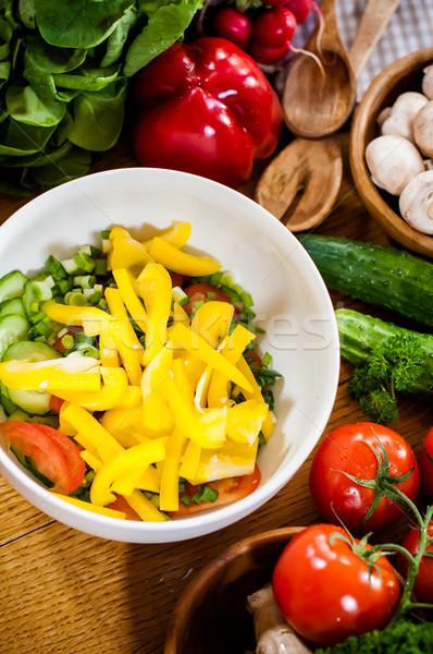 Házi készítésű étel előkészítés friss tavasz zöldségek konyhaasztal Stock fotó © manera