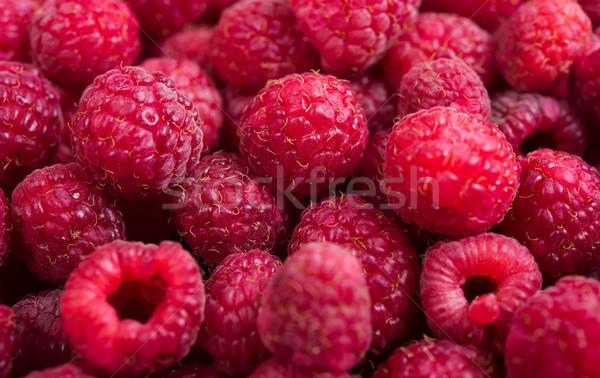 Fraîches framboises macro coup fruits d'été Photo stock © manera