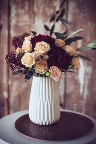 Ramo rosas hermosa jarrón vintage estilo Foto stock © manera