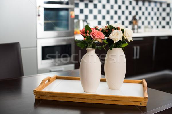 домой простой ваза цветы таблице Сток-фото © manera